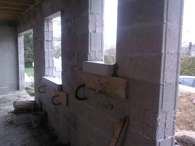 Pose des appuis de fenetres notre construction for Poseur de fenetre